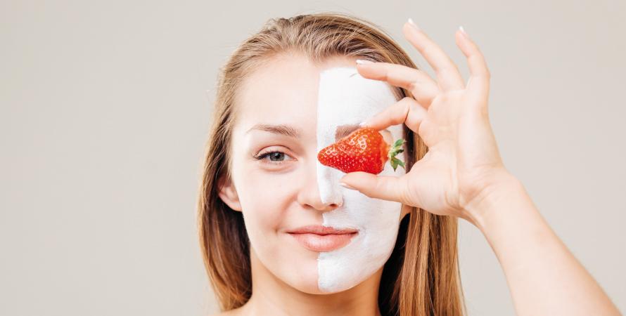 Maschera per la pelle alle fragole